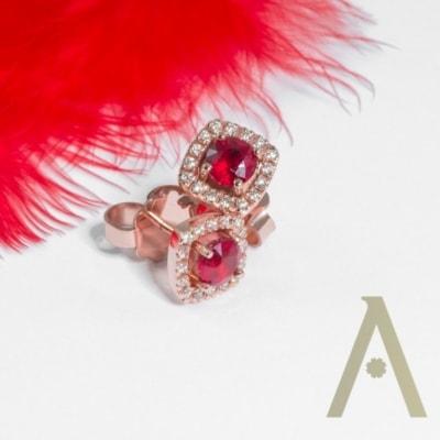 Pendientes de Oro Rosa con Rubíes y diamantes.